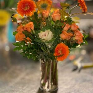 orange-flower-arrangement-kelowna-florist